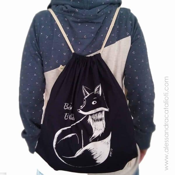 cotton sackpack color navy with a fox picture