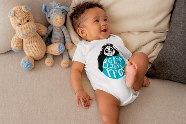 onesie baby color white with print panda