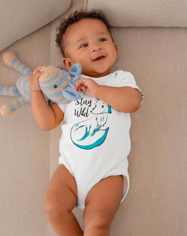 Onesie baby color white with fox pic